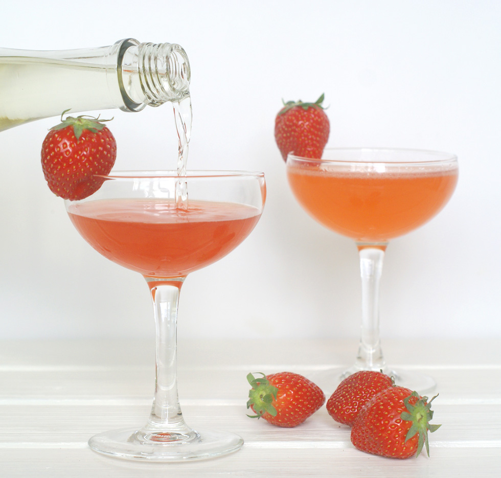 strawberry_balsamic_spritz_01